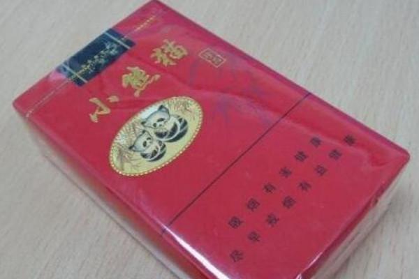 红盒小熊猫多少钱一盒 红盒小熊猫香烟价格排行榜